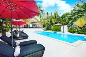 Our outdoor pool, ideal for enjoying the idyllic thai environment