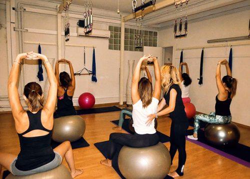 Jey teaching pilates in Shangai